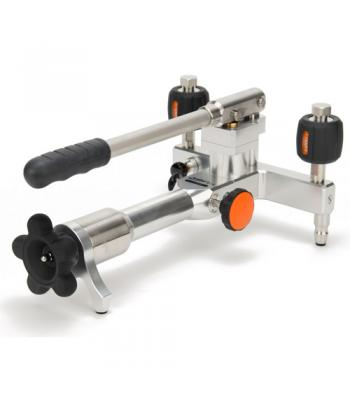 Additel ADT 916 [ADT916] Pneumatic Pressure Test Pump Air: -14 psi to 600 psi