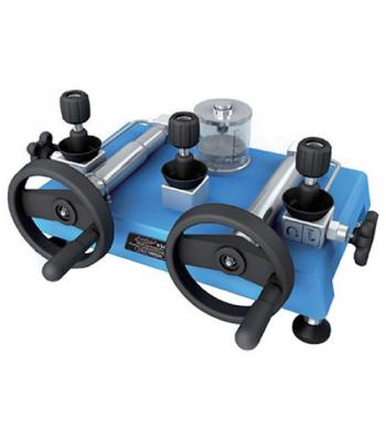 Additel ADT 938 [ADT938] Hydraulic Pressure Calibration Pump (oil-free) Water: -12.5 psi to 15,000 psi