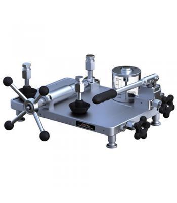 Additel ADT 959 [ADT959] Hydraulic Ultra-High Pressure Test Pump Oil: 0 psi to 40,000 psi